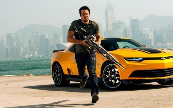 變形金剛系列電影紅遍全球,片中跑車酷炫有形。(圖片擷取自網路)