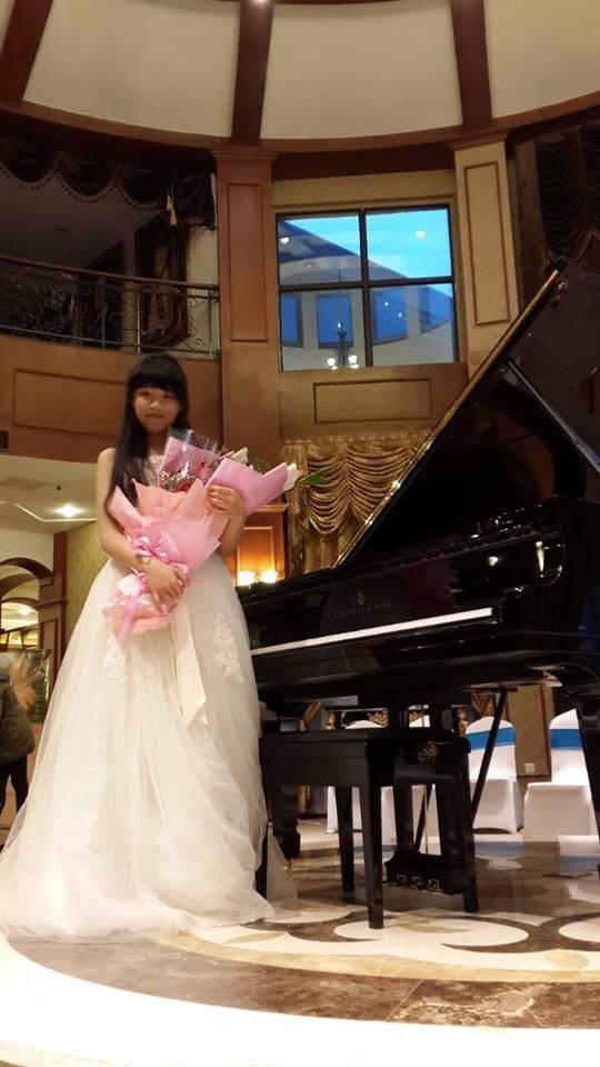 十四歲的巫熹芸自小即展露出優異的音樂天賦。(圖取自臉書)