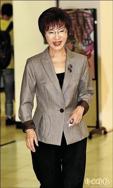 立院副院長洪秀柱昨指出,她願擔任「領頭雁」帶領國民黨團結同伴、結陣抗風。(記者朱沛雄攝)