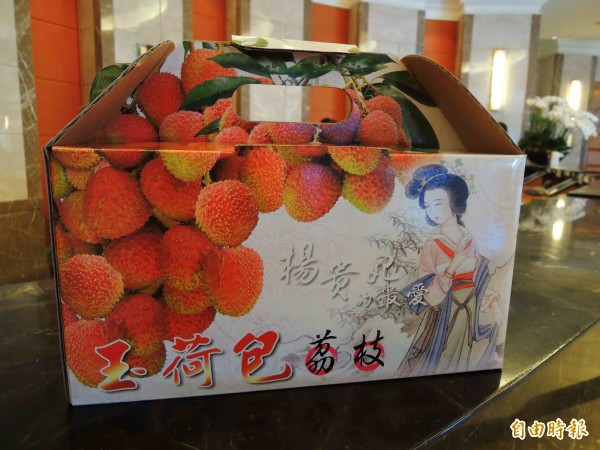 高雄市大樹區玉荷包本週起盛產,外銷日本訂單遠超過中國「妃子笑」。(記者黃旭磊攝)