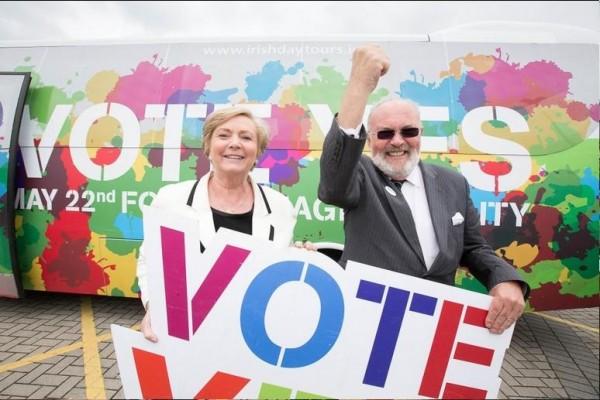 支持同性婚姻的愛爾蘭官員出席活動。(華盛頓郵報)