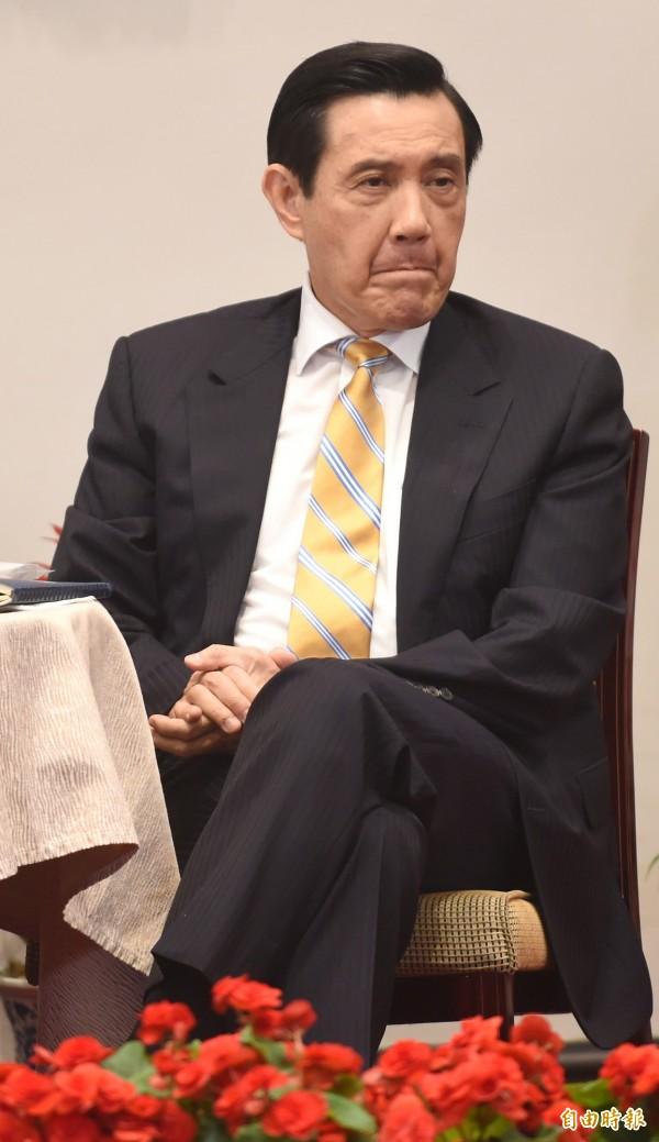 馬英九總統今天上午舉行就職7週年中外媒體記者會,回應媒體民調低是否不值一事表示,他當總統不會午夜夢迴,自怨自艾,「我晚上都睡得很好」。(記者劉信德攝)