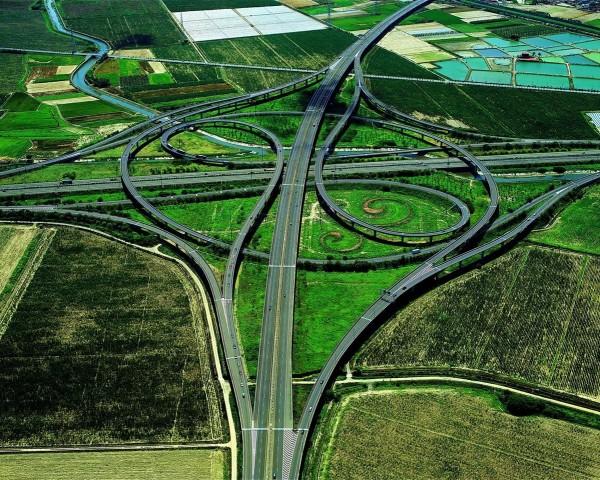 國道8台南系統空拍照(擷自臉書,照片提供:交通部台灣區國道新建工程局)