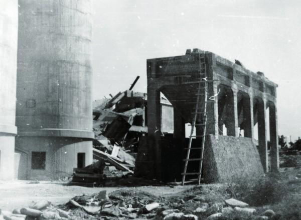 終戰時的台灣製糖株式會社阿緱製糖所台糖屏東總廠(屏東糖廠),拍攝時間約1945年。(圖由高市關懷台籍老兵文化協會提供)
