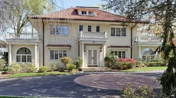 費茲傑羅(F Scott Fitzgerald)故宅近日出售,售價高達380萬美元(約1億元新台幣)。(圖片擷取自BBC)