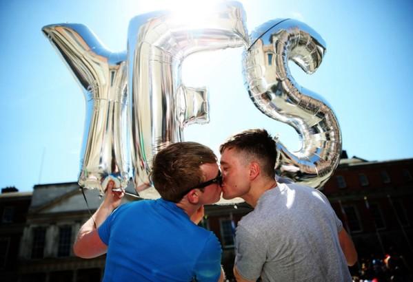 愛爾蘭「同性婚姻」合法化公投結果即將出爐,目前贊成票數以75%遙遙領先,呈現壓倒性勝利。(歐新社)