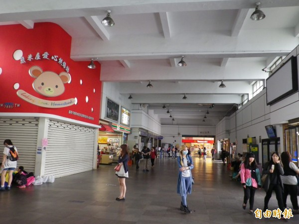 基隆火車站將變身為展場,將重現日治時代月台等歷史舊記憶。(記者盧賢秀攝)