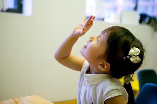 彰化縣男子阿強,於前年10月至11月間,用手指頭插入4歲姪女小婷(化名)的陰道性侵,示意圖,與本新聞無關。(情境照)