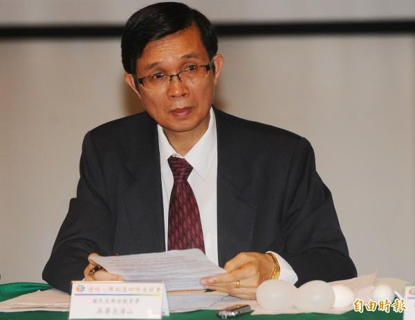 國教署長吳清山表示,影印出版舊教科書,現今法條對出版社並無罰則。(資料照,記者張嘉明攝)