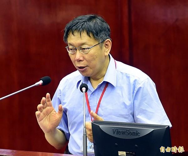 台北市議會今天(1日)進行市政總質詢,市長柯文哲前往備詢。(記者方賓照攝)