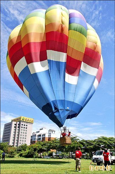 熱氣球繫留活動引發全台各縣市仿效。(記者張存薇攝)