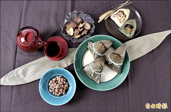 帕莎蒂娜推出創新「麵包粽」,讓粽子別有一番風味。(記者黃文鍠攝)