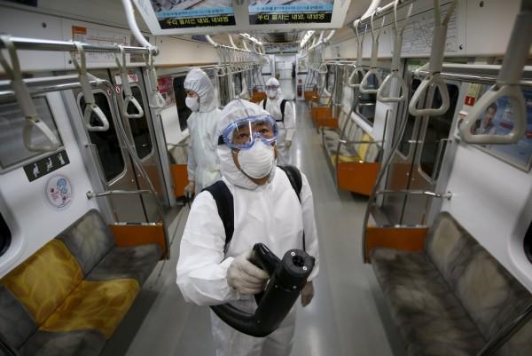 南韓疫情持續擴大。(路透)