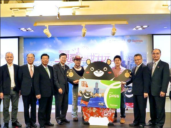 「高雄好玩卡」昨在香港進行全球首賣。(高市觀光局提供)