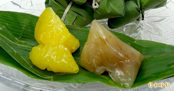 竹崎地區農會內埔家政班的媽媽們製作的「晶橙舞、橙圓圓」冰粽,外觀晶瑩剔透,光看就清涼。(記者余雪蘭攝)