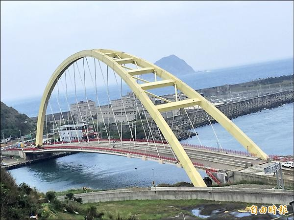 基隆跨海大橋社寮橋將在19日傍晚舉辦通車典禮。(記者盧賢秀攝)