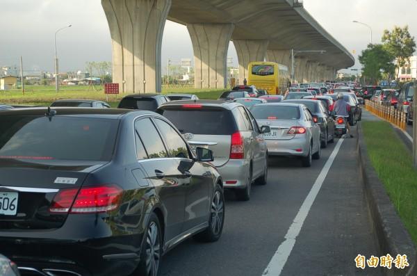 端午連假首日,國道即時路況資訊系統顯示,目前國道大致順暢,國5坪林到頭城8點後一度車多。(資料照,記者江志雄攝)圖與本文無關