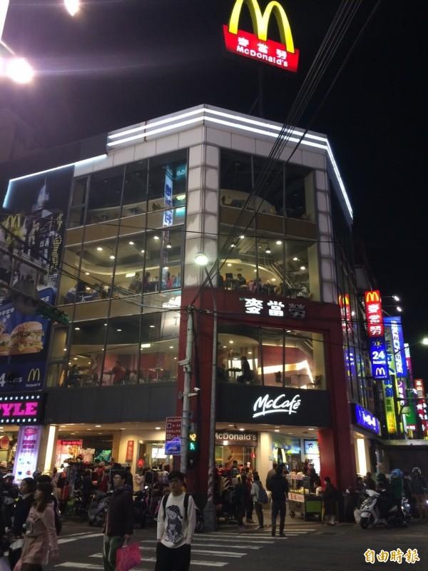 全球最大餐飲龍頭麥當勞(McDonald's)將賣出在台經營權,讓新的投資方主導台灣市場經營,亦等同裁撤台灣子公司,為台灣餐飲業投下震撼彈。(資料照,記者林欣漢攝)