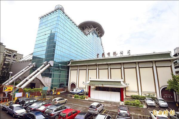 華視新舊大樓。(資料照,記者方賓照攝)