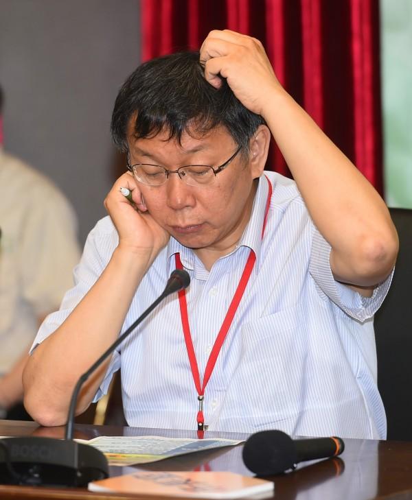 據調查指出,台北市長柯文哲上任半年,北市府員工異動人數達902人。(資料照,記者張嘉明攝)