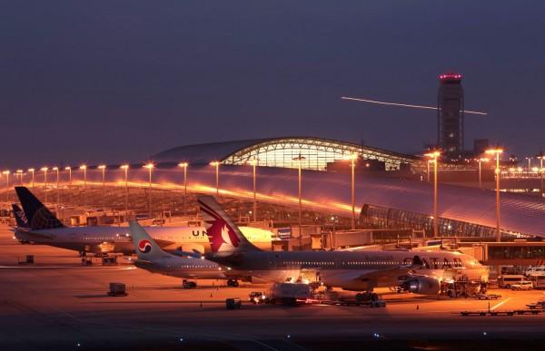 據報導,大阪警方與關西機場稅關這次查獲台人的走私8公斤的毒品,市價約5億7000萬日圓(約新台幣1億4000萬),為關西機場(圖)紀錄上查獲第4多的毒品量。(彭博社)