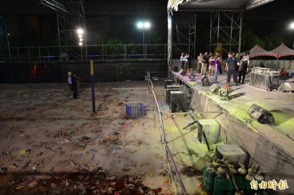 八仙樂園發生粉塵爆炸,起火點舞台區。(記者王藝菘攝)