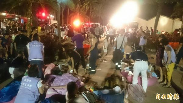 八仙樂園現場有大量傷者哀鴻遍野。(資料照,記者徐聖倫攝)