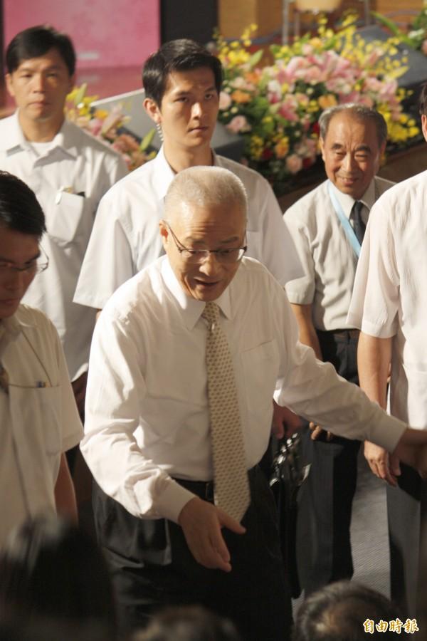 副總統吳敦義今天上午南下屏東六堆客家園區,參與全國客家會議暨客家貢獻獎頒獎典禮。(記者邱芷柔攝)