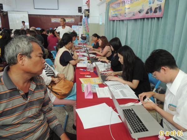 澎湖遠端健康照護正式上路,開放民眾申請體驗。(記者劉禹慶攝)