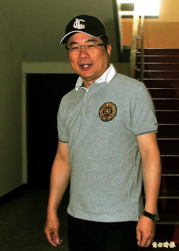 國民黨立委蔡正元宣布,他捐款100萬元到愛心專戶內,供塵爆傷患使用。(資料照,記者林正堃攝)