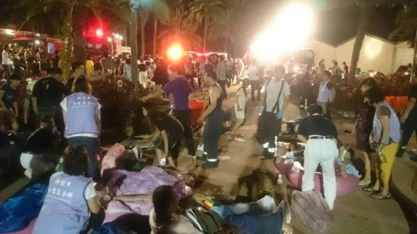 八仙樂園(27日)晚間發生粉塵爆炸事件,造成近500人受輕重傷。(記者徐聖倫攝)