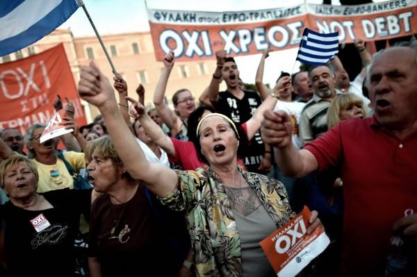 即便希臘若退出歐洲,生活可能更加艱困,希臘仍希望拿回應有的自由與尊嚴。(法新)