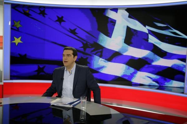 希臘左派總理齊普拉斯(Alexis Tsipras)29日說,呼籲希臘人民否決國際紓困協議中的條件。(美聯社)