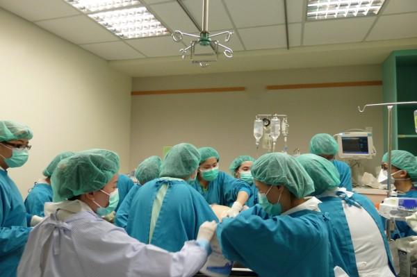 桃園醫院目前醫護人力充足。(桃園醫院提供)