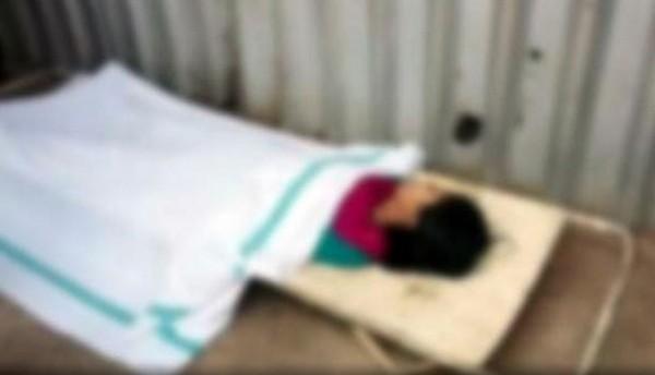 印度賈坎德邦一名17歲少女不滿父母拒絕在家中建廁所,竟然上吊自殺。(圖片擷取自《India Today》)