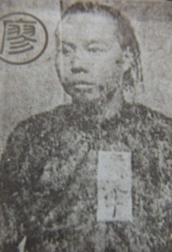 廖添丁屢襲官府和搶劫親日門閥士紳,因此被罪犯英雄化,有著「義賊」的稱號,再加上戲曲、講古的渲染,終於演變為的今日台灣人眼中的抗日傳奇人物。(資料照,記者歐素美翻攝)