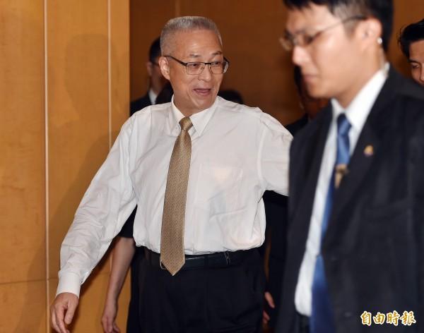 副總統吳敦義説,洪秀柱自己一定衡量過體力,能不能擔任重任,包括竸選期間的疲累,以及當選後國政的繁忙。(資料照,記者廖振輝攝)