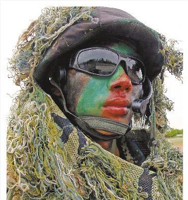 兩岸關係近年備受矚目,有消息指出,中國解放軍特地培養了一隻「閩南語特種部隊」,專門模擬對台作戰。(圖擷取自中新社)