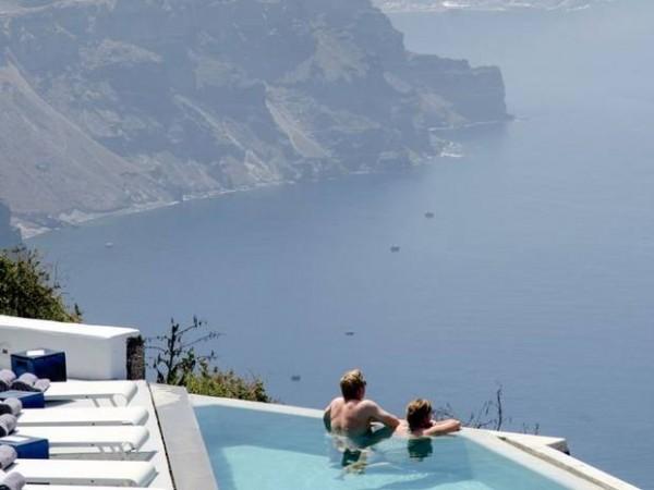 外國客大肆購入希臘的房地產。(擷取自英國獨立報)