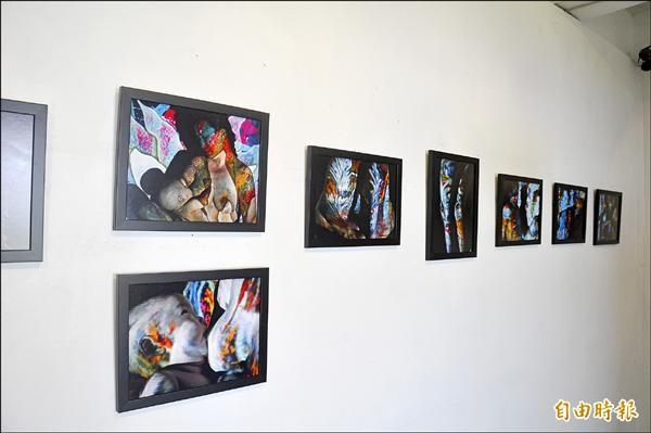 逗小花的「女妖共和國」系列,結合繪畫、投影及攝影,將畫投射在人體,創造奇幻效果。(記者黃明堂攝)