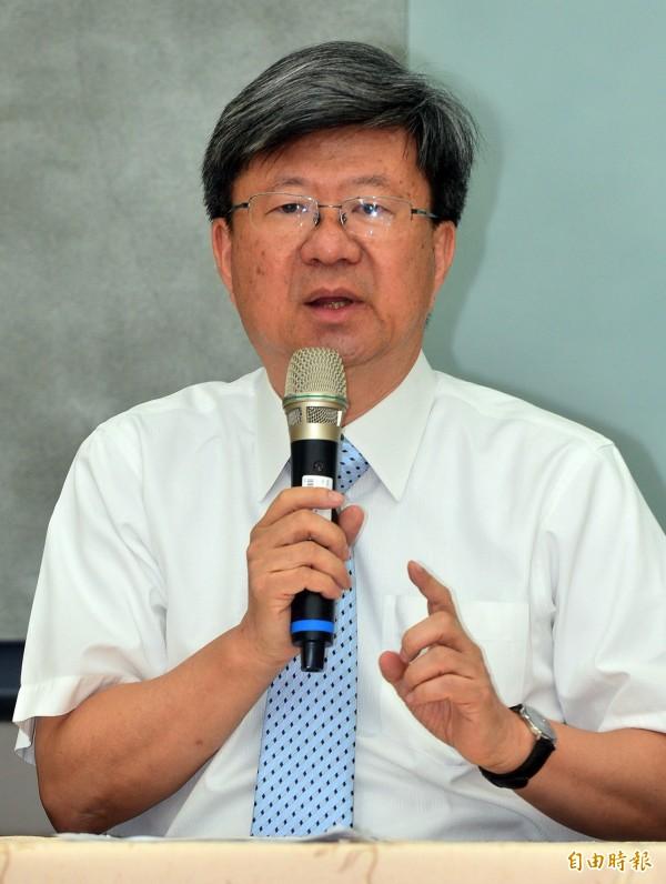 教育部長吳思華今召開記者會表示,將依法對學生及違法脫序行為者做法律追訴。(記者王藝菘攝)