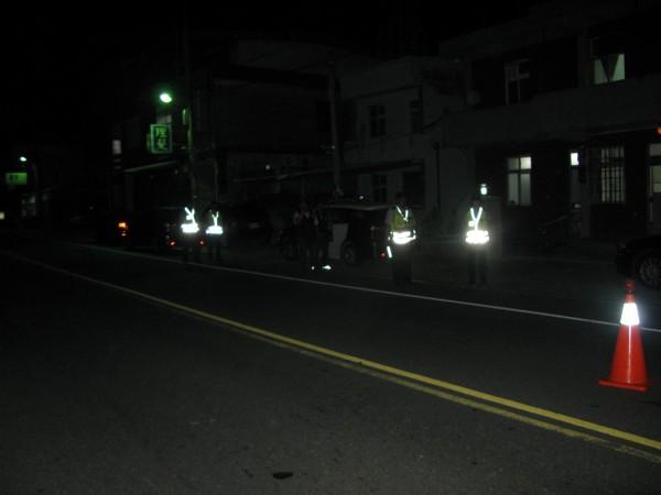 防制街頭暴力,台東縣刑大成立快打部隊,擇路段定點稽查。(記者陳賢義翻攝)