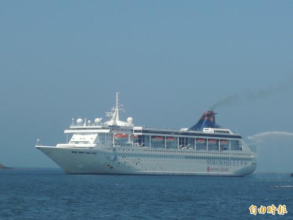 麗星遊輪天秤星號,第三度造訪澎湖,並開啟馬公固定航線。(記者劉禹慶攝)
