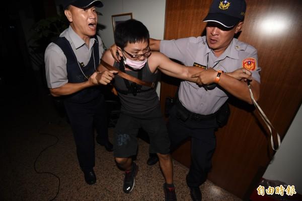 許多反課綱學生被逮捕,王丹對此認為匪夷所思。(資料照,記者廖振輝攝)