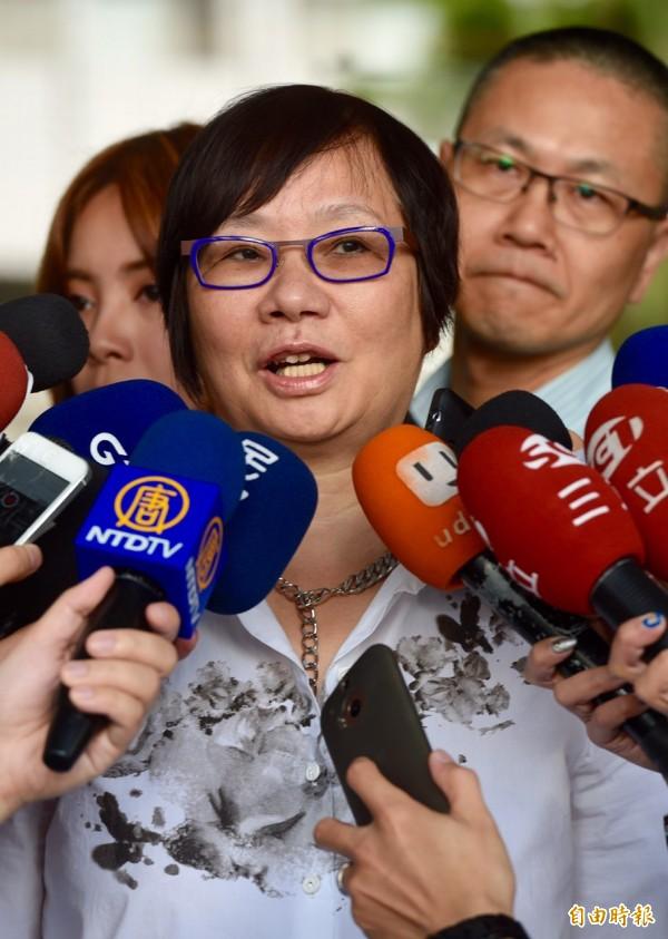 羅淑蕾開庭前表示,去年9合1大選前,很多人都討厭國民黨,不願意正面看MG149私帳問題。(記者羅沛德攝)