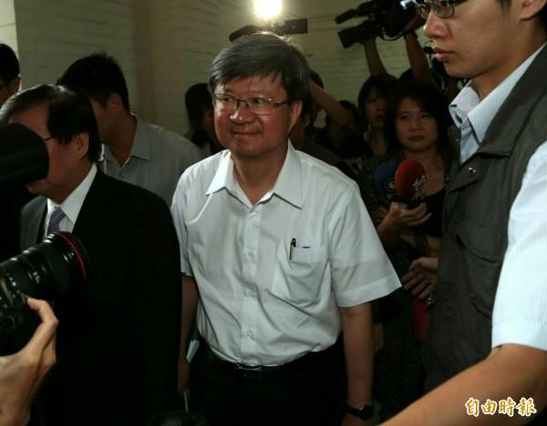 教育部長吳思華31日下午到立法院出席朝野協商。(記者王藝菘攝)