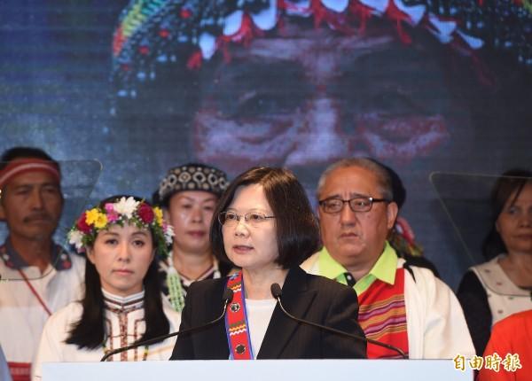 蔡英文表示,若她明年當選,將以總統身分,代表政府向全體原住民族正式道歉。(記者廖振輝攝)