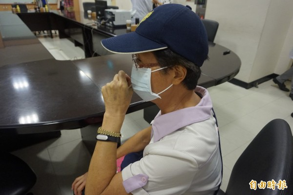 陳太太長期有咳嗽困擾,接受支氣管鏡治療後症狀迅速緩解。(記者張安蕎攝)