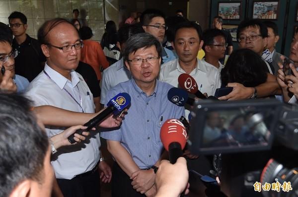 教育部長吳思華覺得學生理性平和,決定對學生撤告。(記者廖耀東攝)