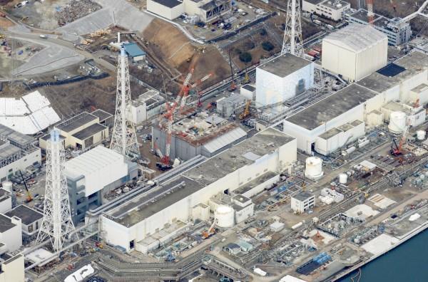 日本明日將重啟九州電力的川內核電廠,圖為受311大地震和海嘯重創的福島核電廠。(中央社)